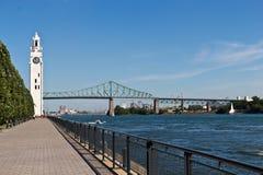 Der Montreal-Glockenturm im alten Hafen von Montreal, Kanada Lizenzfreies Stockfoto