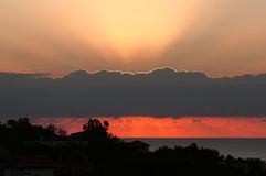 Der Morgensonnenaufgang auf den Banken des Schwarzen Meers in Bulgarien. Lizenzfreie Stockfotos