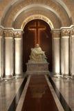 Der mother'of Gott und das Kruzifix in der Kirche. Lizenzfreies Stockfoto
