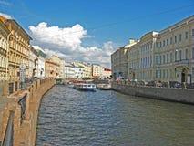 Der Moyka-Fluss, St Petersburg Lizenzfreies Stockfoto