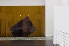 Der Museum für Moderne Kunsts-Innenraum und die Anzeigen, Barcelona Lizenzfreies Stockbild