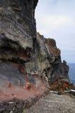 Der nahe Weg der felsigen Wand zu Pozo de Las Calcosas Stockbilder