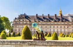 Der nationale Wohnsitz des Invalids und des Armee-Museums in Paris Stockfotos