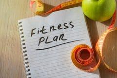 Der Notizblock mit Eignungs-Planlistentext Gesunde Ernährung, nährend, abnehmend und wiegt Verlustkonzept lizenzfreies stockbild