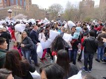 Der 2016 NYC-Kissenschlacht-Tag 53 Stockfotos