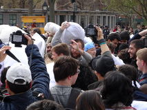 Der 2016 NYC-Kissenschlacht-Tag 64 Stockfotos