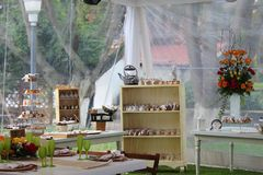 Der Ort der Nachtische in einer Hochzeit Lizenzfreie Stockfotografie