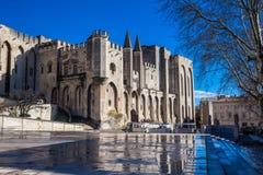 Der päpstliche Palast in Avignon Frankreich Stockbild