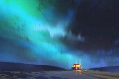 Der Packwagen parkte durch einen schönen sternenklaren Himmel Lizenzfreie Stockbilder
