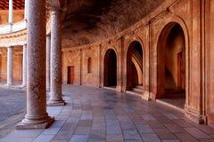 Der Palast von Charles V lizenzfreie stockfotos