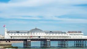Der Palastpier in Brighton und in Hove stockbilder