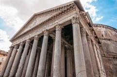 Der Pantheon gegen einen blauen Himmel, Rom, Italien Lizenzfreie Stockfotografie