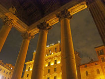 Der Pantheon nachts Stockbild