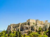 Der Parthenontempel über dem Akropolishügel Stockfotos