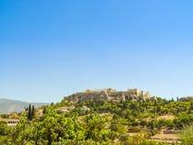 Der Parthenontempel über dem Akropolishügel Lizenzfreie Stockfotos