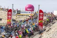 Der Peloton auf Ventoux-Berg Lizenzfreie Stockfotografie