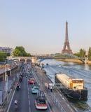 Der Peloton in Paris Stockbild