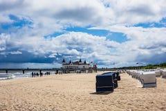 Der Pier in Ahlbeck auf der Insel Usedom, Deutschland lizenzfreie stockfotografie