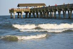 Der Pier auf Tybee Island stockbild