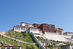 Der Potala Palast - gelassene Ansicht Lizenzfreies Stockbild