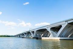 Der Potomac-Ufergegend-Nachbarschaft in Alexandria, Virginia DU lizenzfreies stockfoto