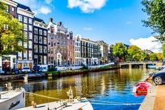 Der Prinsengracht Prinz Canal in der Jordaan-Nachbarschaft in der historischen Mitte von Amsterdam stockbilder