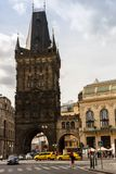 Der Pulver-Turm oder das Pulver-Tor lizenzfreie stockbilder