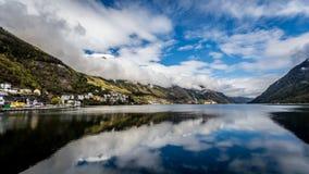 Der reflektierende See Stockbilder