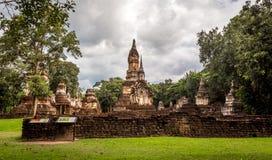 Der 7 Reihen Chedi-Tempel-Si satchanalai historische Park, Sukhothai Stockbild