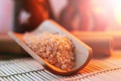 Der Reis auf der kleinen Abtropfplatte, Chinese entwirft, schönes orange Licht Lizenzfreie Stockfotografie