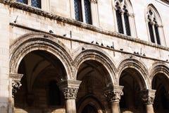 Der Rektor ` s Palast in Dubrovnik errichtete in der gotischen Art, wenn der Renaissance und barocke Elemente, harmonisch combina stockfotos