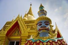 Der Riese am Buddha-Tempel, Thailand Lizenzfreies Stockbild