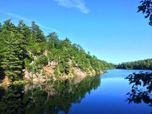 Der rosa Ontariosee mouth Sie Wassersommer Lizenzfreie Stockfotos
