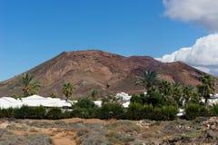 Der rote Berg, wie vom Süden gesehen Stockbilder