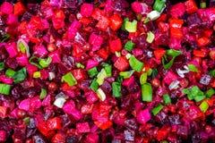 Der roten russische traditionelle Nahrung Salat-Essigsoße der roten Rübe stockbild