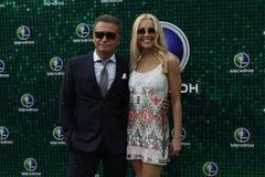 Der russische Popstar Leonid Agutin und Angelika Varum Lizenzfreie Stockfotos