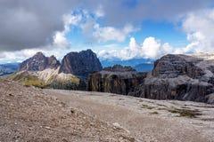 Der Sass Pordoi ist eine Entlastung der Dolomit, in der Sella-Gruppe, Italien stockbild