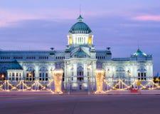 Der schöne Palast des Königs Stockfotografie