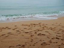 der schöne Strand mit Abdruck Lizenzfreies Stockfoto