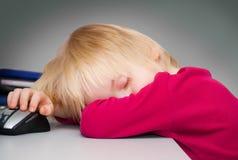 Der schlafende Junge Lizenzfreie Stockbilder