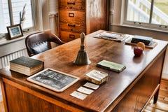 Der Schreibtisch des Lehrers Stockbilder