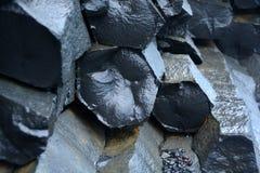 Der schwarze Sandstrand von Reynisfjara Stockfotos