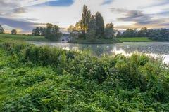 Der See in Blenheim-Palast, England Lizenzfreie Stockfotos