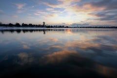 Der See, die Ruhe, der Abend stockfotografie
