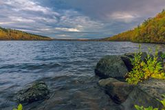 Der See im Herbst Stockfotografie