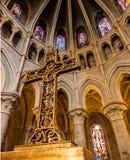 In der Seite von Notre-Dame-Kathedrale - Lausanne, die Schweiz Lizenzfreie Stockfotos