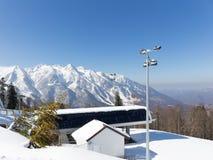 Der Skiaufzug Gazprom, Sochi Stockfotos