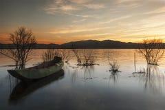 Der Sonnenaufgang auf dem Erhai See Lizenzfreie Stockfotos