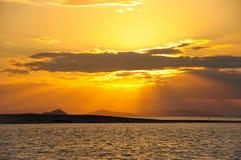 Der Sonnenuntergang in den Pfingstsonntagen Lizenzfreies Stockfoto