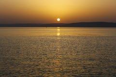 Der Sonnenuntergang lizenzfreie stockbilder